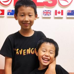 海外から引っ越してきた男の子と積極的にコミュニケーション
