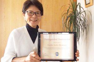 藤沢のフミコ・アンドレ先生がDTMの称号を授与されました!